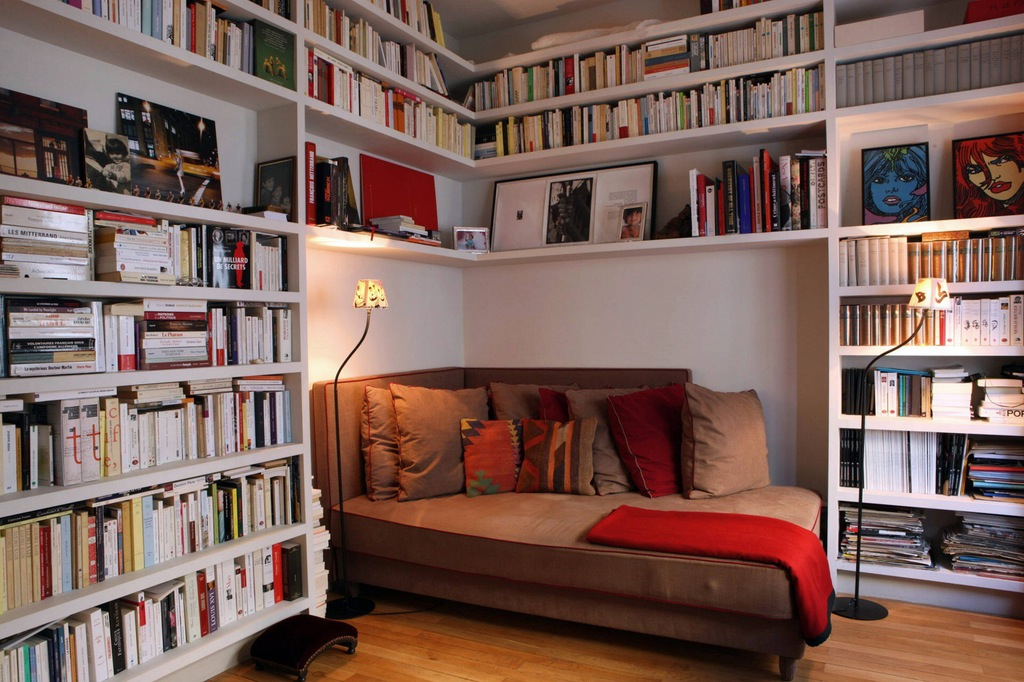 Long Seat Wedged In Corner Nook Pillow - 50 best reading nooks we have ever come across