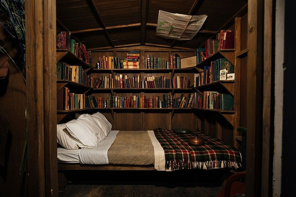 Suspended Library Bed Best Reading Nooks - 50 best reading nooks we have ever come across