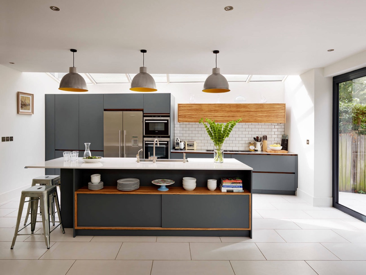 Gorgeous Grey And White Kitchens That Get Their Mix Right - White cupboards grey countertops