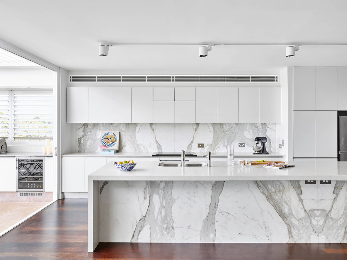 30 gorgeous grey and white kitchens that get their mix right for Kitchen white cabinets