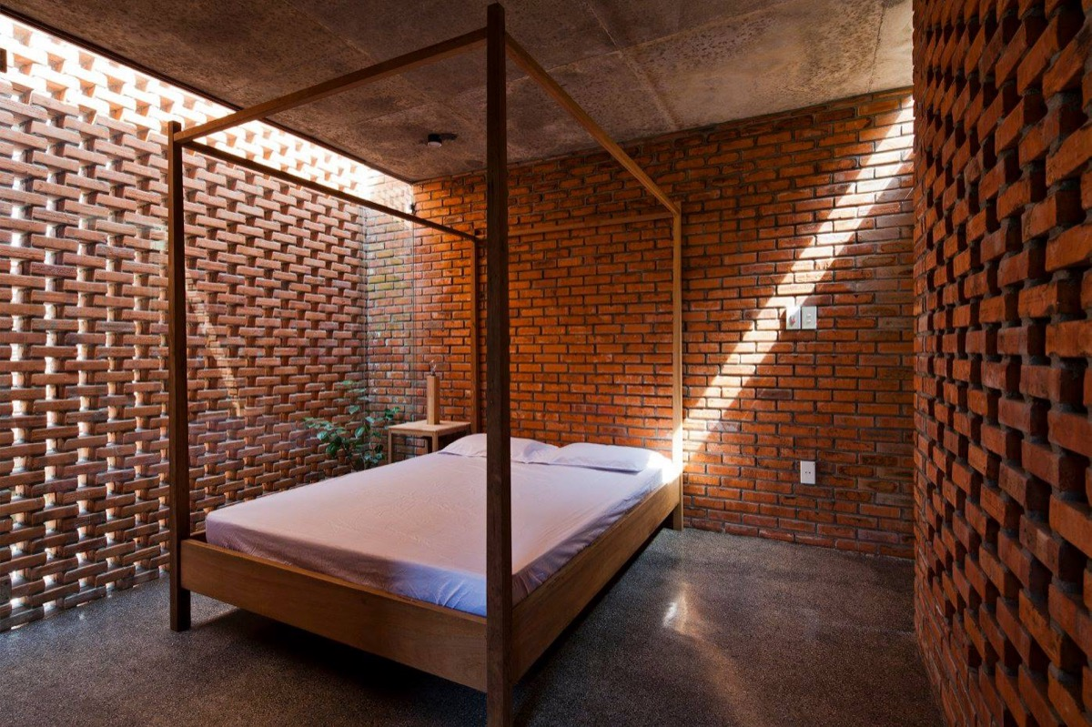 Swedish Sauna Look Exposed Brick Bedroom - Bedrooms with exposed brick walls