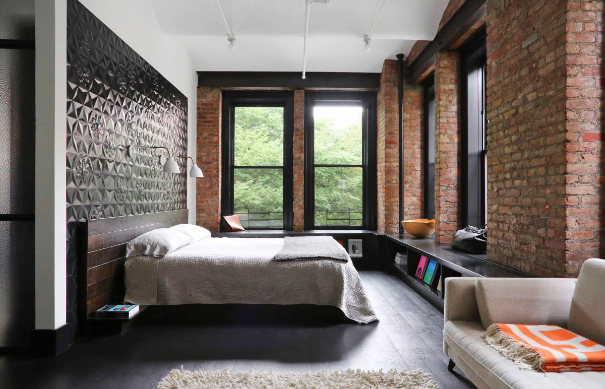 Black Painted Exposed Brick Bedroom - Bedrooms with exposed brick walls