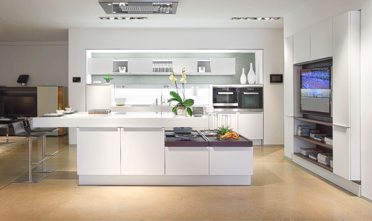 All White Modern Kitchen 5 |; Source: Kuchen. This ultra modern white kitchen ...