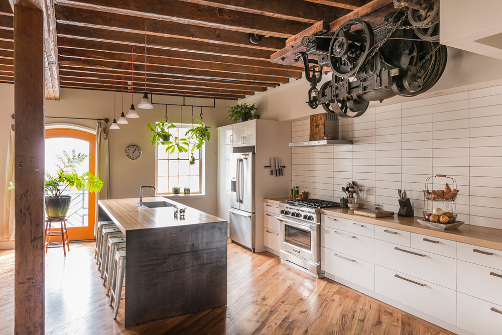32 industrial style kitchens that will make you fall in love Industrial home plans