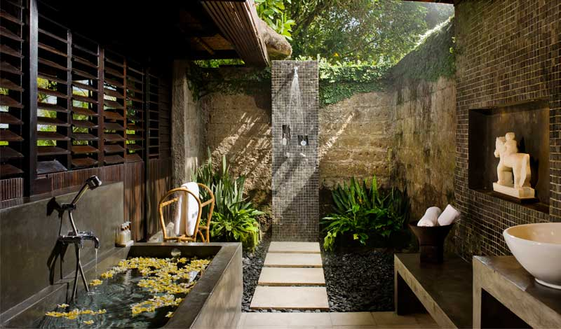 Bath And Basin Outdoor Pool Shower - 50 stunning outdoor shower spaces that take you to urban paradise