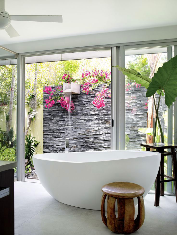 Bath Stone Wall Outside Shower Ideas - 50 stunning outdoor shower spaces that take you to urban paradise