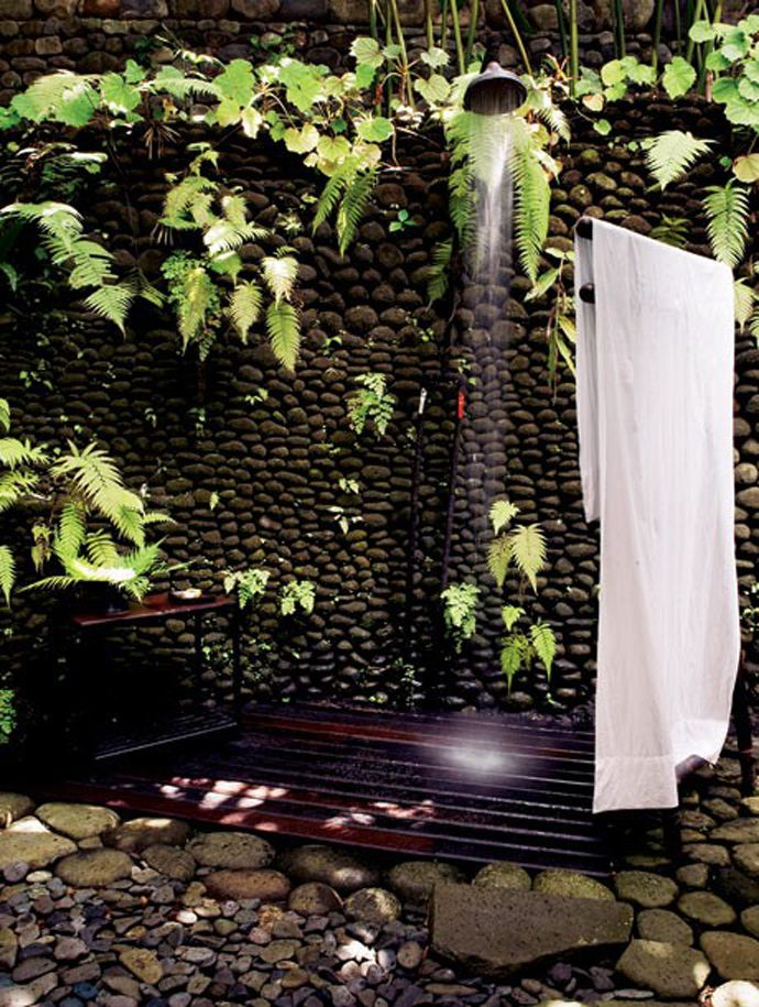 Pebbles With Ivy Shower Outdoor - 50 stunning outdoor shower spaces that take you to urban paradise