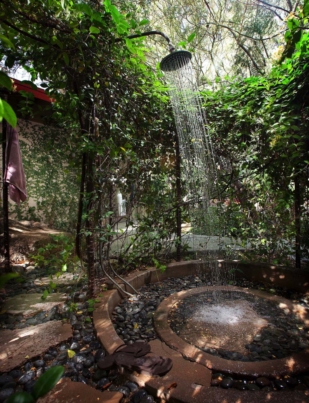 Stony Centre Rainforest Outdoor Shower Head - 50 stunning outdoor shower spaces that take you to urban paradise