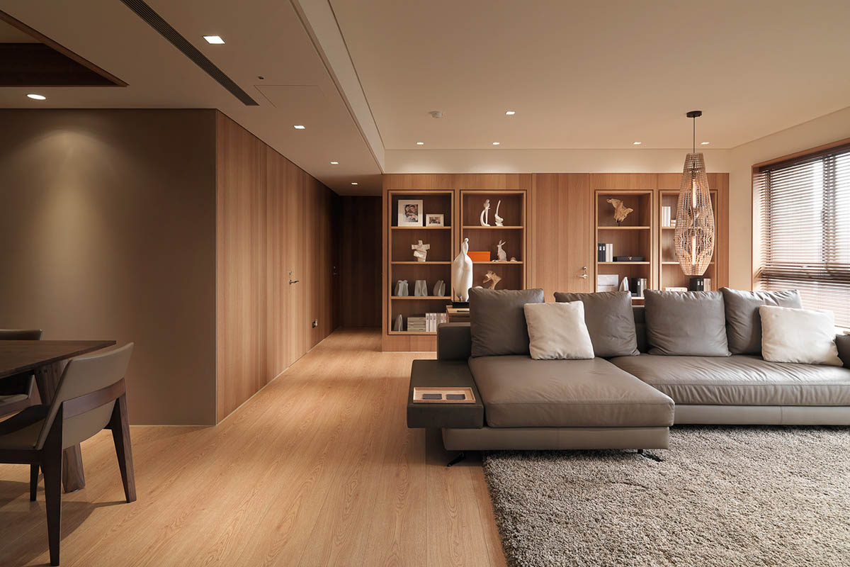 Neutral Color Living Room - 4 homes with design focused on beautiful wood elements