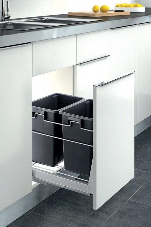 40 unique trash cans that solve all your rubbish problems. Black Bedroom Furniture Sets. Home Design Ideas