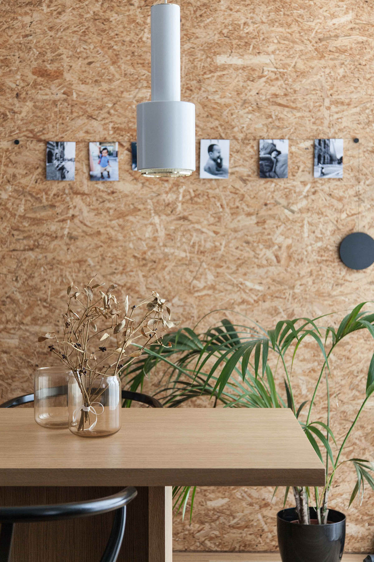 Cork Wall Pinned Photographs Asian Interior - 3 light and bright apartments celebrating white space