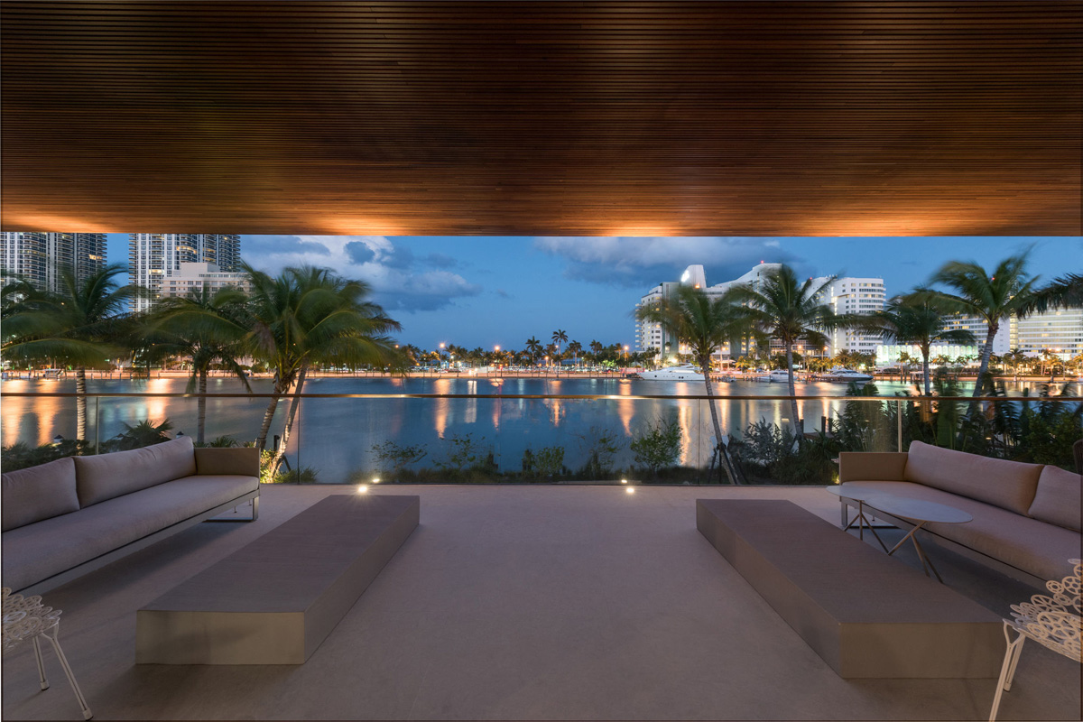 A Luxury Miami Beach Home With Pools, Natural Lagoons, And A Rooftop Garden images 16