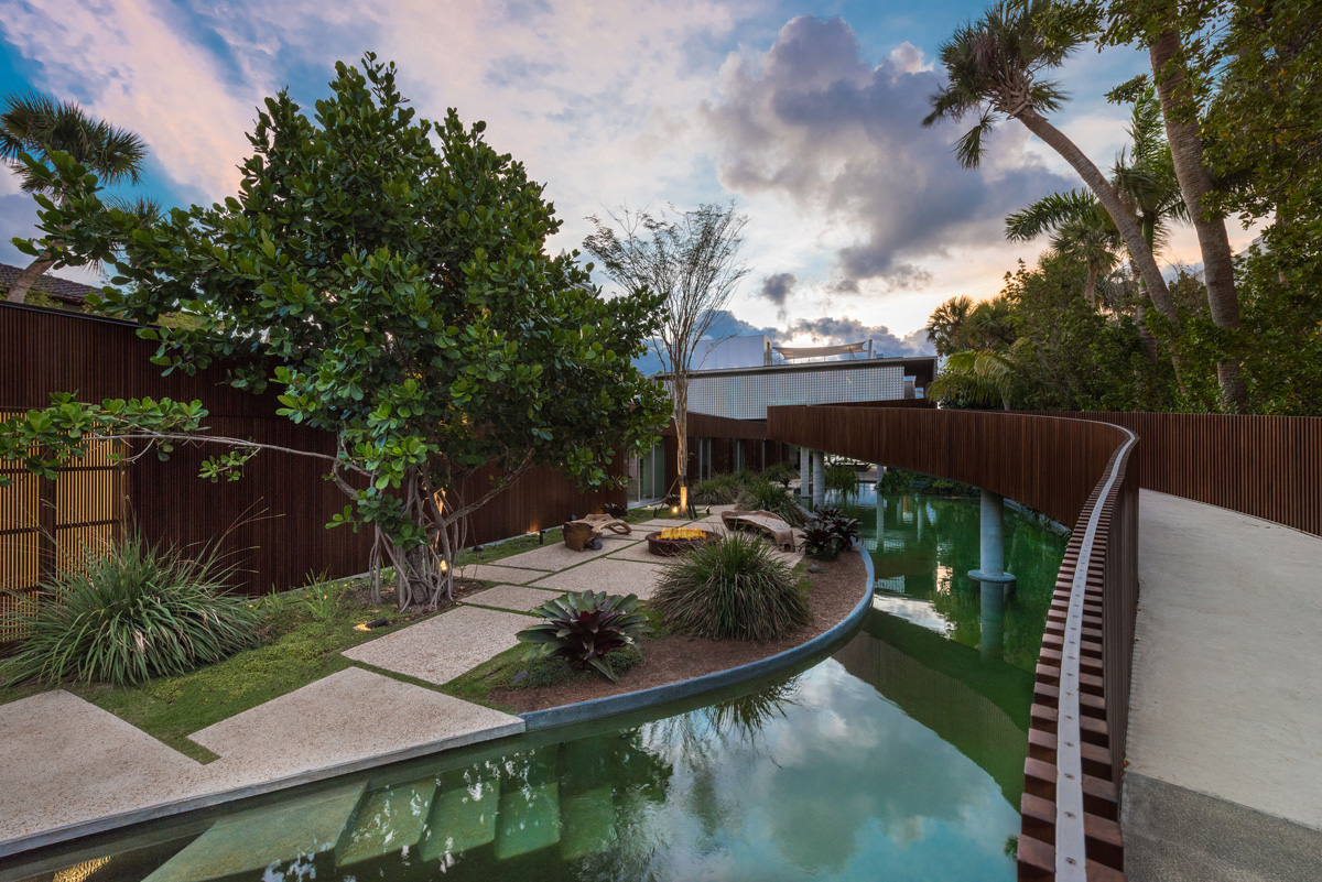 A Luxury Miami Beach Home With Pools, Natural Lagoons, And A Rooftop Garden images 5