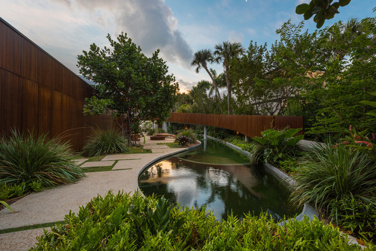 A Luxury Miami Beach Home With Pools, Natural Lagoons, And A Rooftop Garden images 4