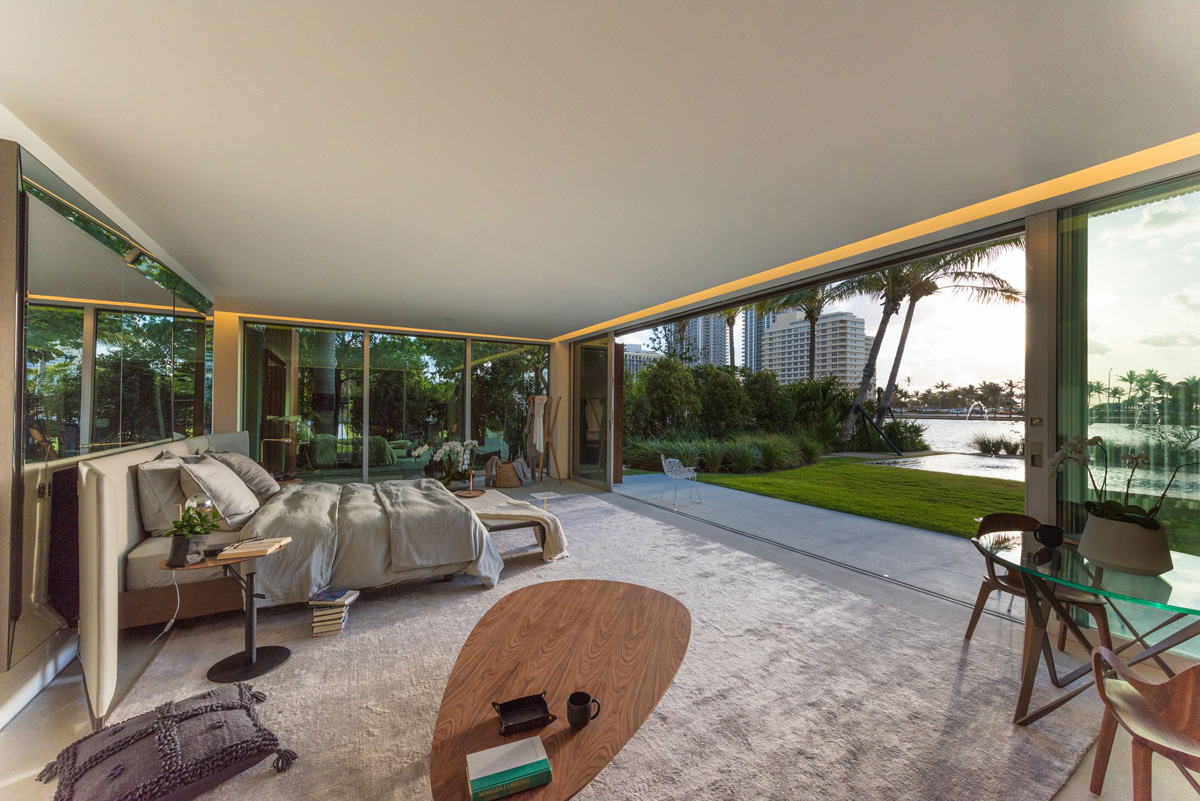 A Luxury Miami Beach Home With Pools, Natural Lagoons, And A Rooftop Garden images 22