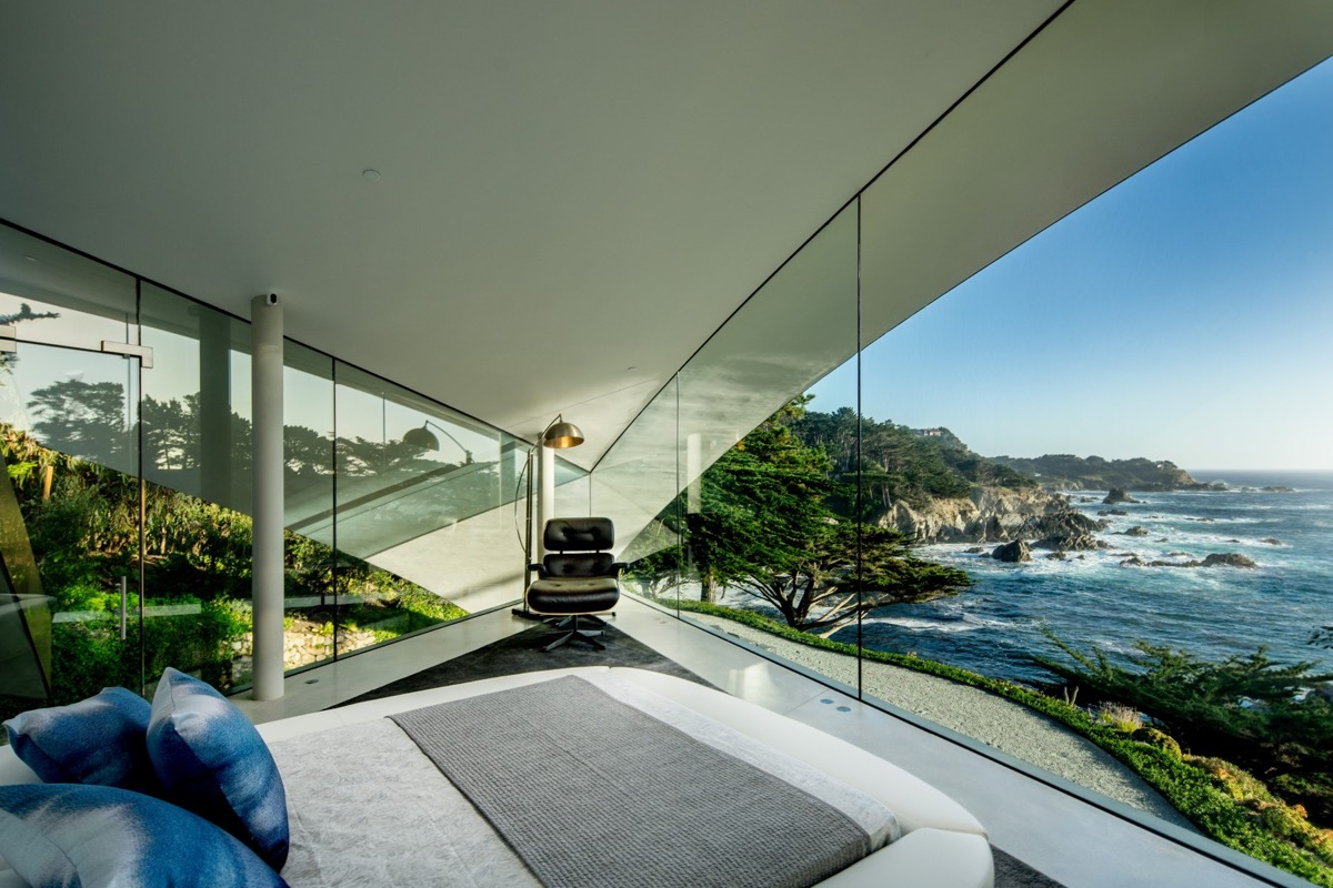 Modern Beach House Bedroom - A stunning butterfly inspired house on the california coast