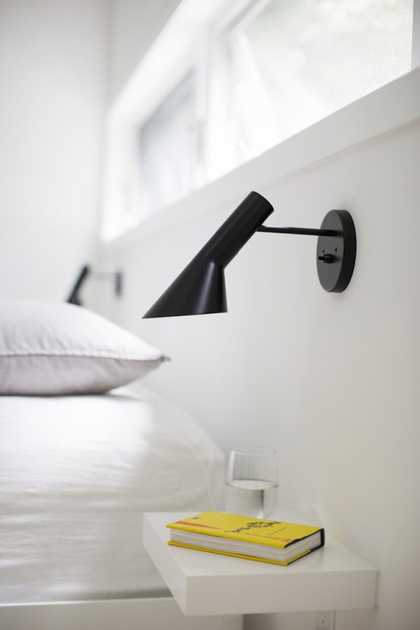 Wall Lamp By Bed : 50 Uniquely Beautiful Wall Sconces That Also Serve As Decorative Pieces