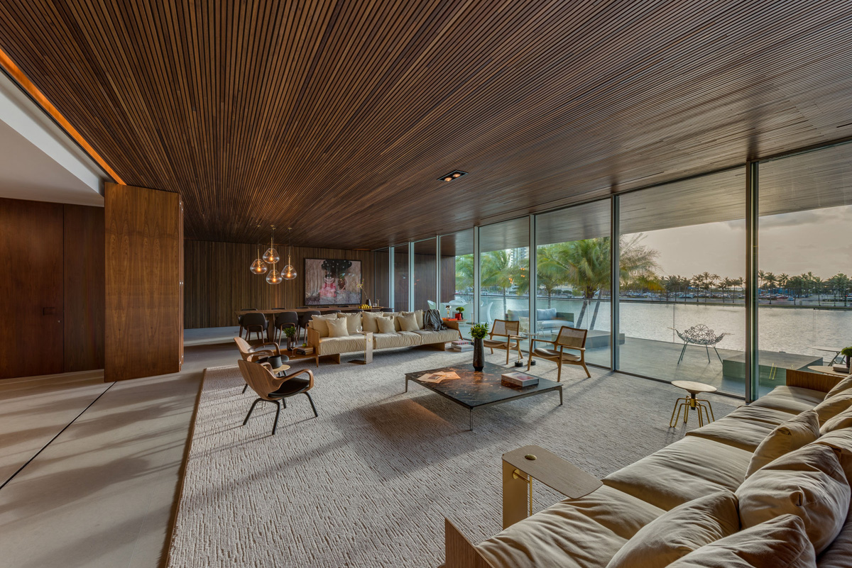 A Luxury Miami Beach Home With Pools, Natural Lagoons, And A Rooftop Garden images 13