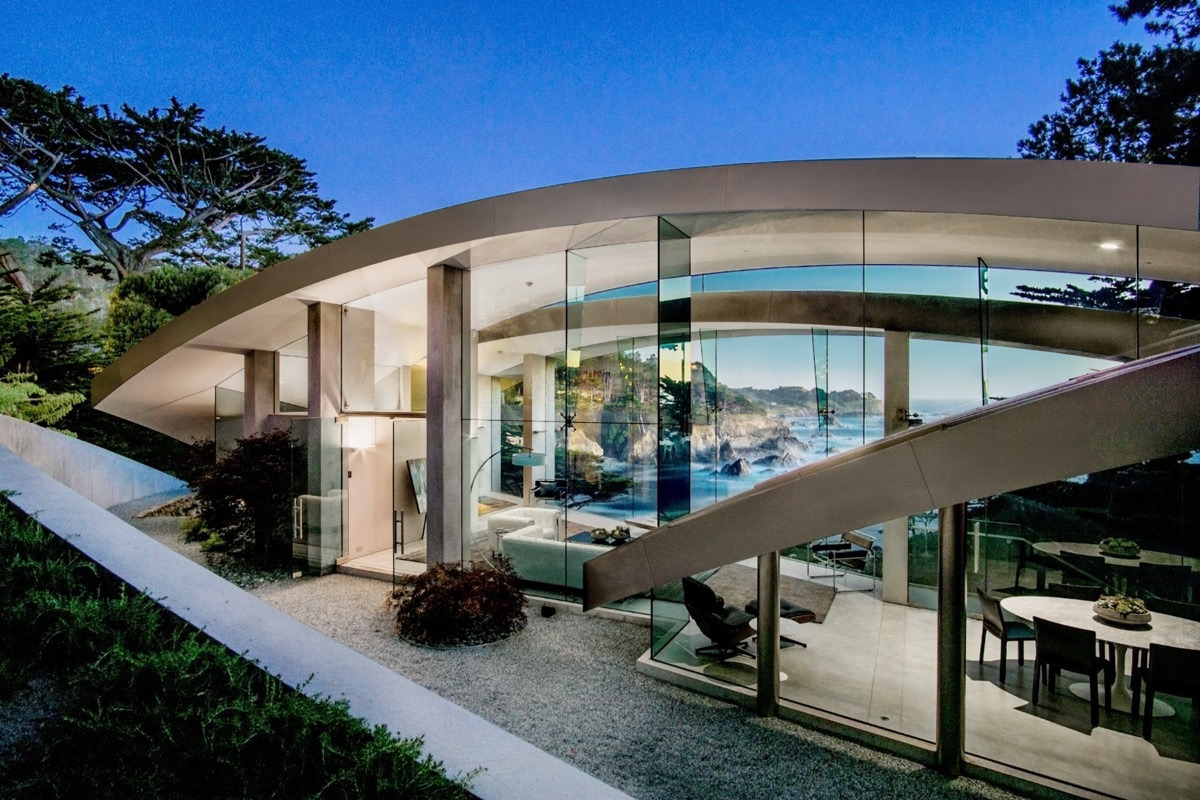 Stunning Architecture - A stunning butterfly inspired house on the california coast