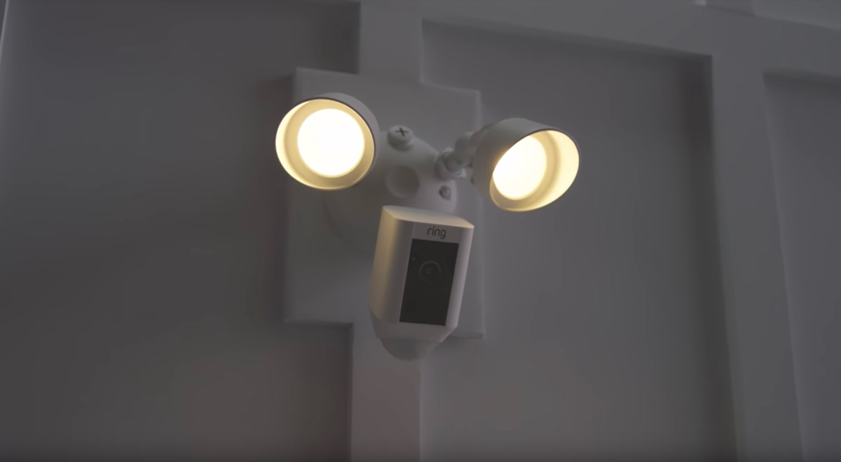 Cool product alert ring floodlight security camera for Interior home security cameras