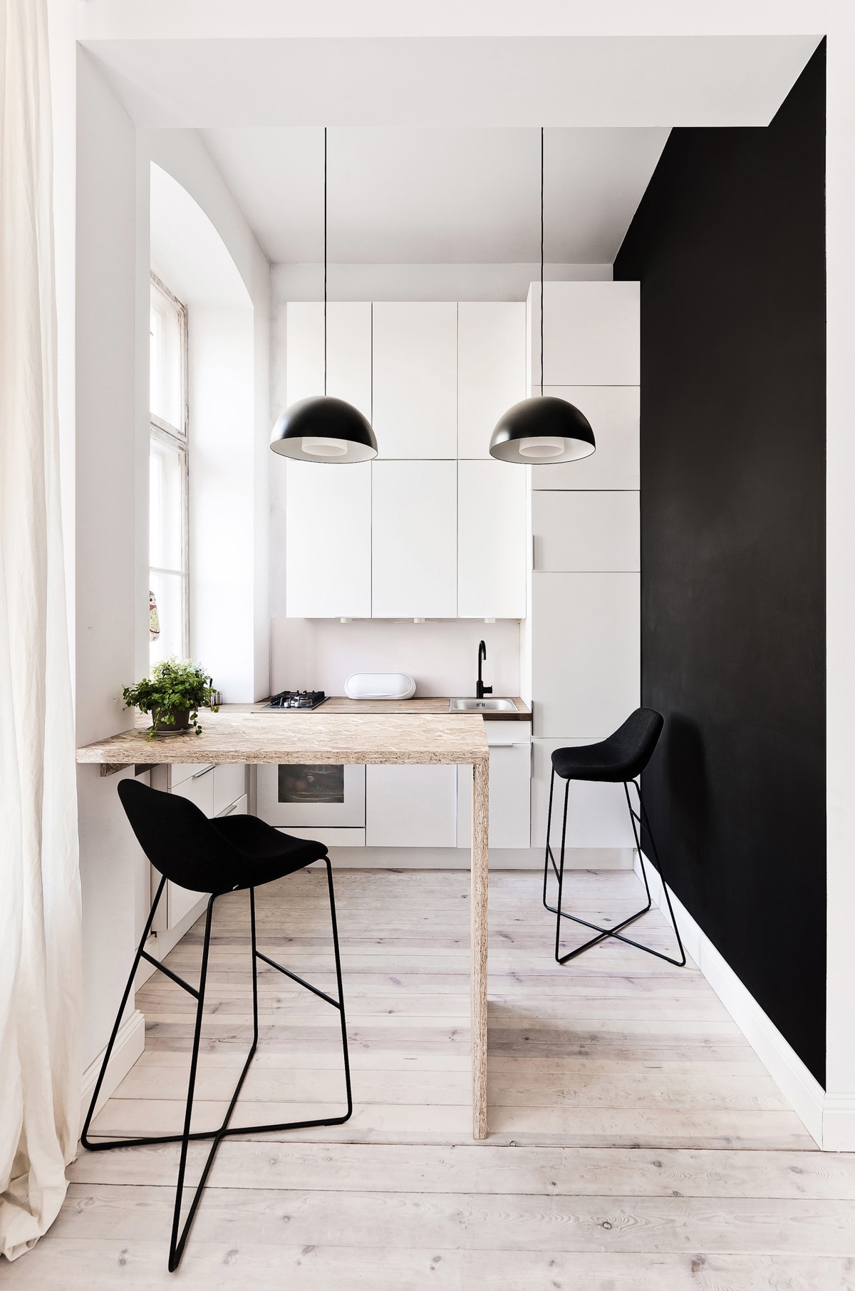 40 Minimalist Kitchens to Get Super Sleek Inspiration images 25