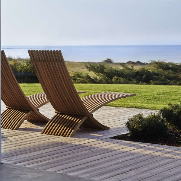 50 Modern Outdoor Chairs To Elevate Views Of Your Patio Garden