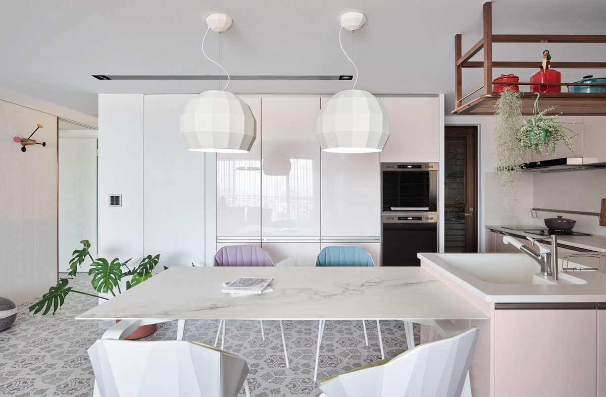 Family Home With Dashes Of Pastel Colour Decor images 12