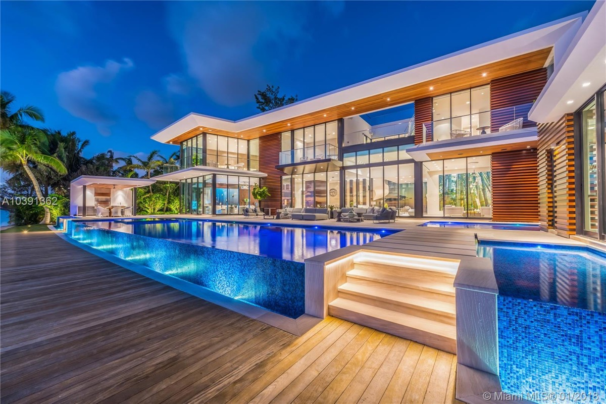 Magnificent modern miami mansion with ocean panorama for Shome home