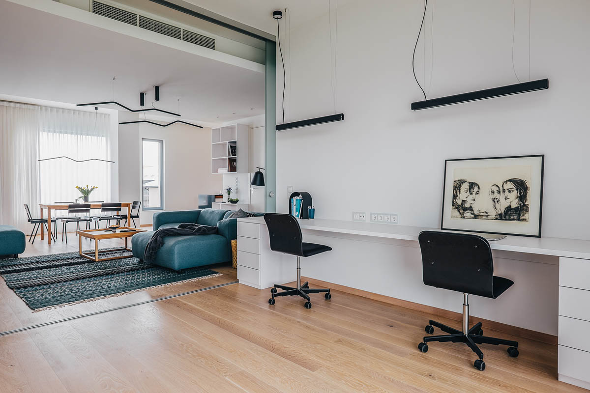 4 Bright & Cheerful Interiors That Use White & Wood To Good Effect images 20