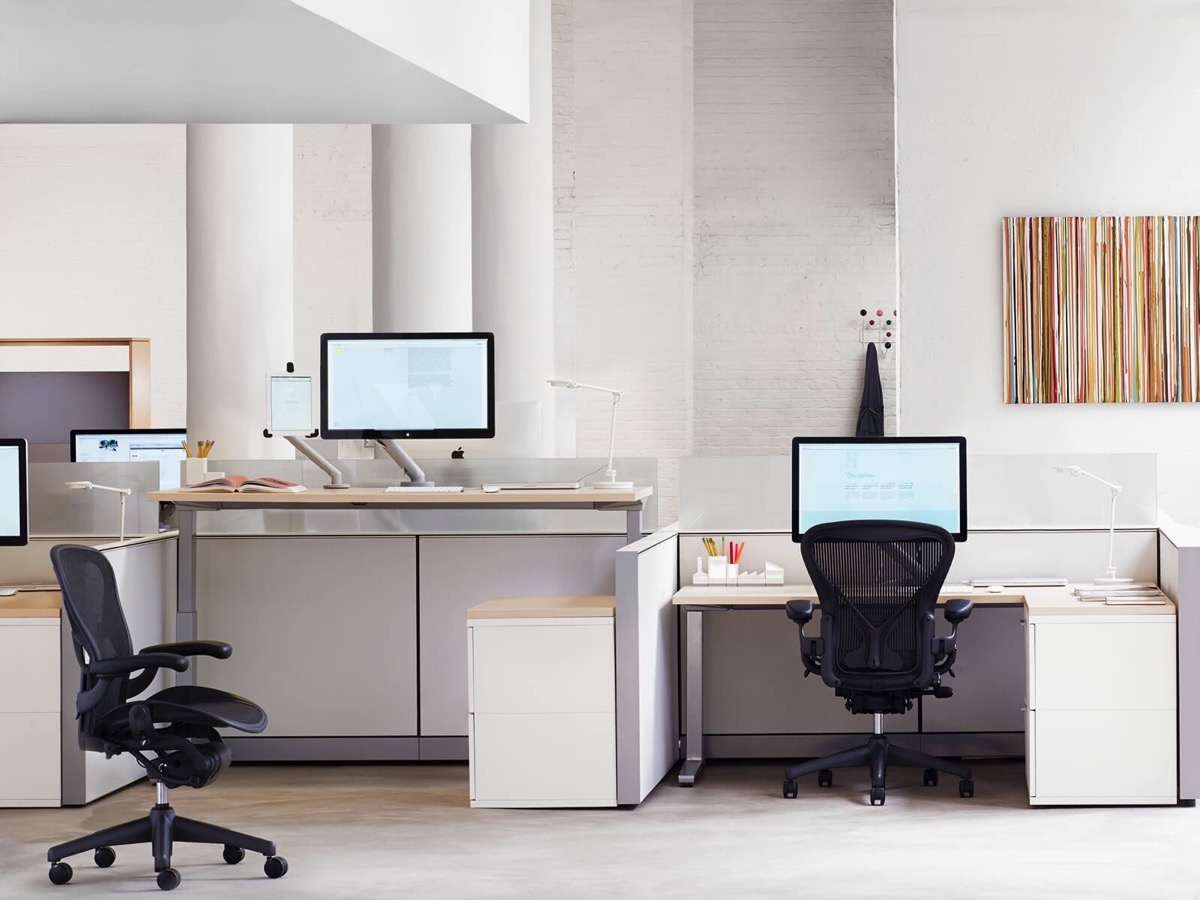 37 Minimalist Home Offices That Sport Simple But Stylish Workspaces images 34