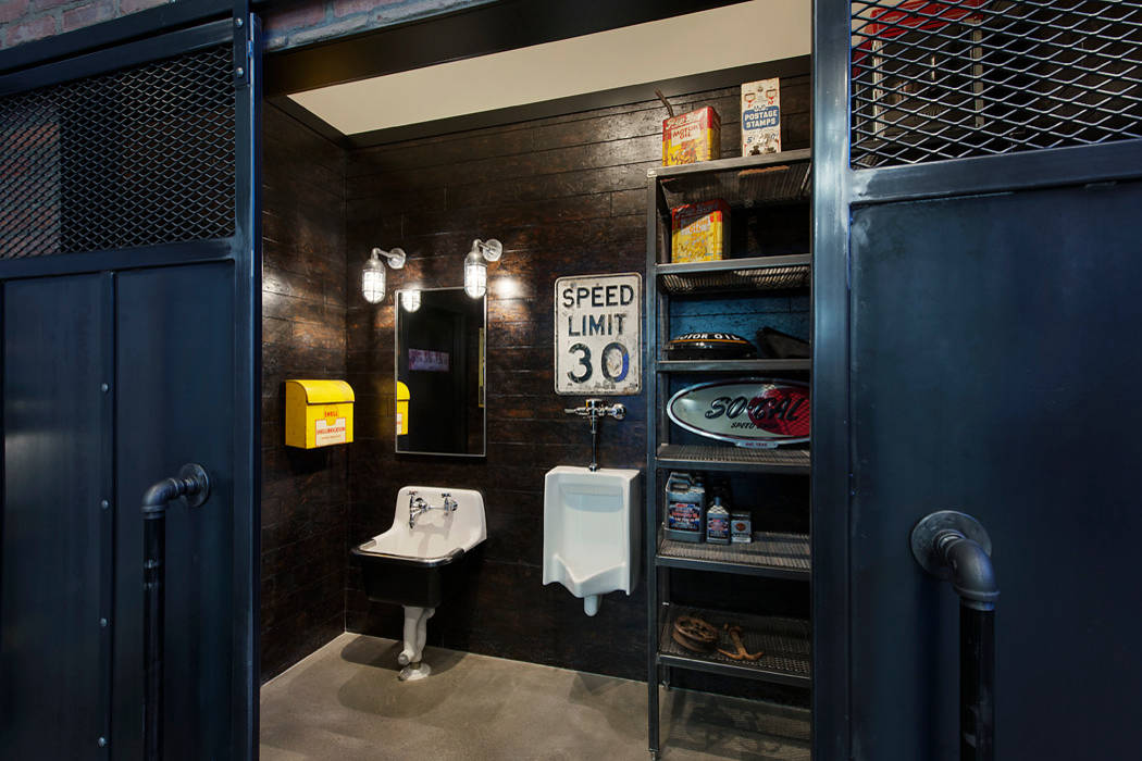 51 Industrial Style Bathrooms Plus Ideas & Accessories You Can Copy From Them images 46