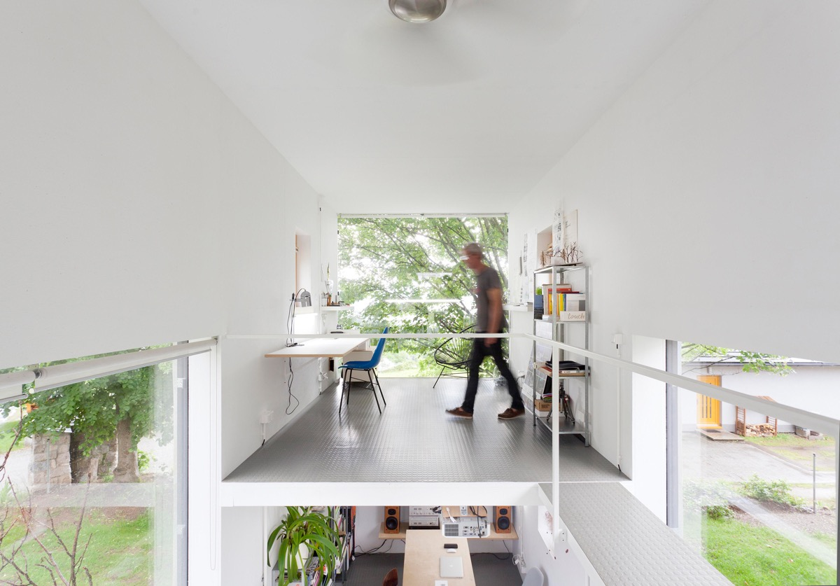 37 Minimalist Home Offices That Sport Simple But Stylish Workspaces images 28