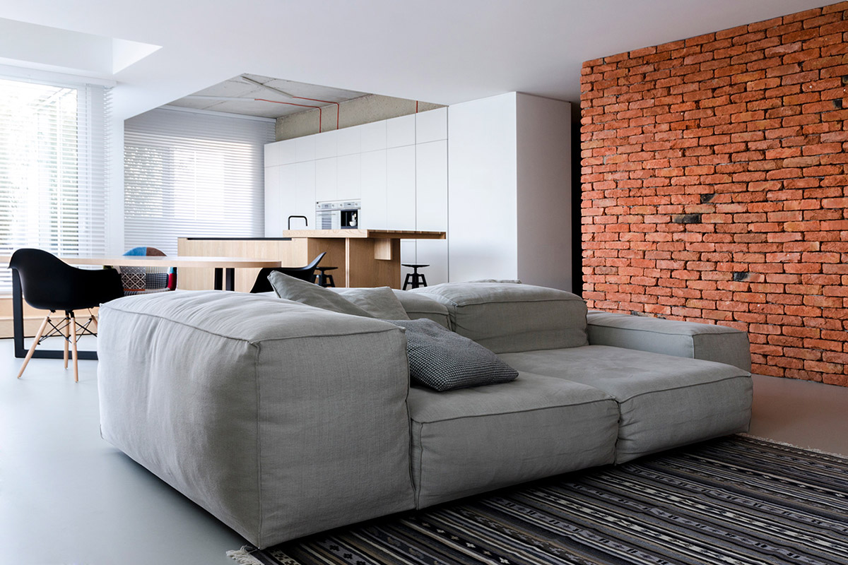 Light and Laid Back Industrial Style Interior images 3