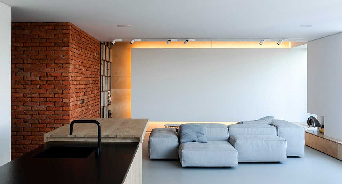 Light and Laid Back Industrial Style Interior