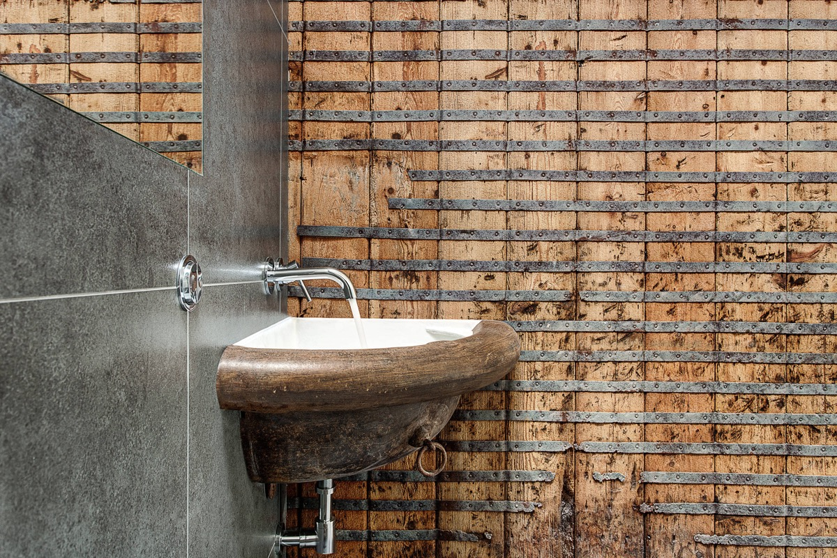 51 Industrial Style Bathrooms Plus Ideas & Accessories You Can Copy From Them images 18