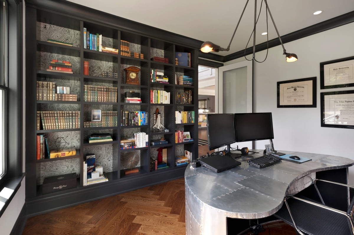 33 Inspiring Industrial Style Home Offices That Sport Beautiful Workspaces images 17