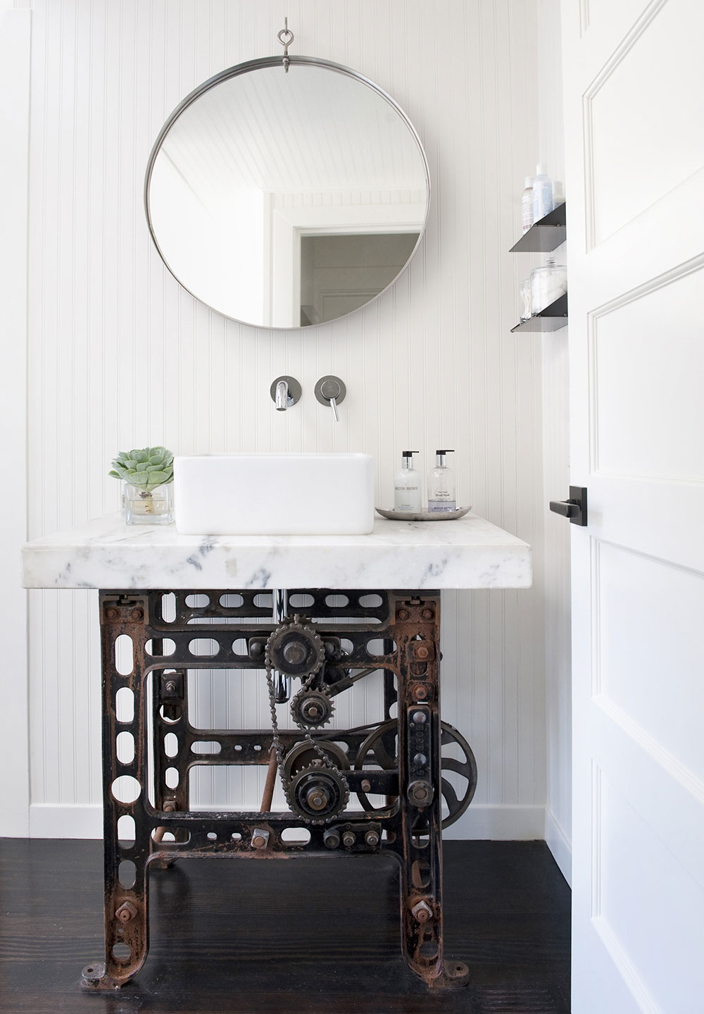 51 Industrial Style Bathrooms Plus Ideas U0026 Accessories You Can Copy From  Them