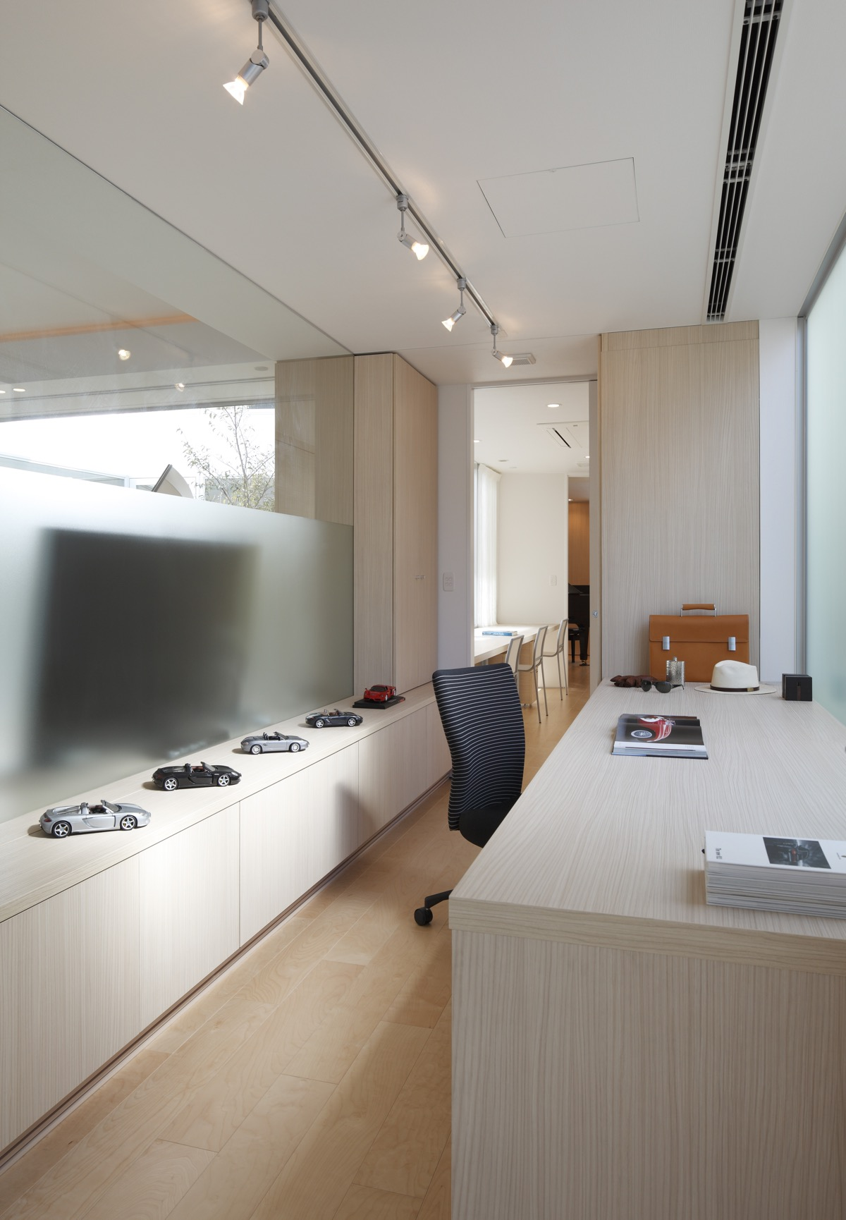 Japanese Home Fusing Modern And Traditional Ideas images 24