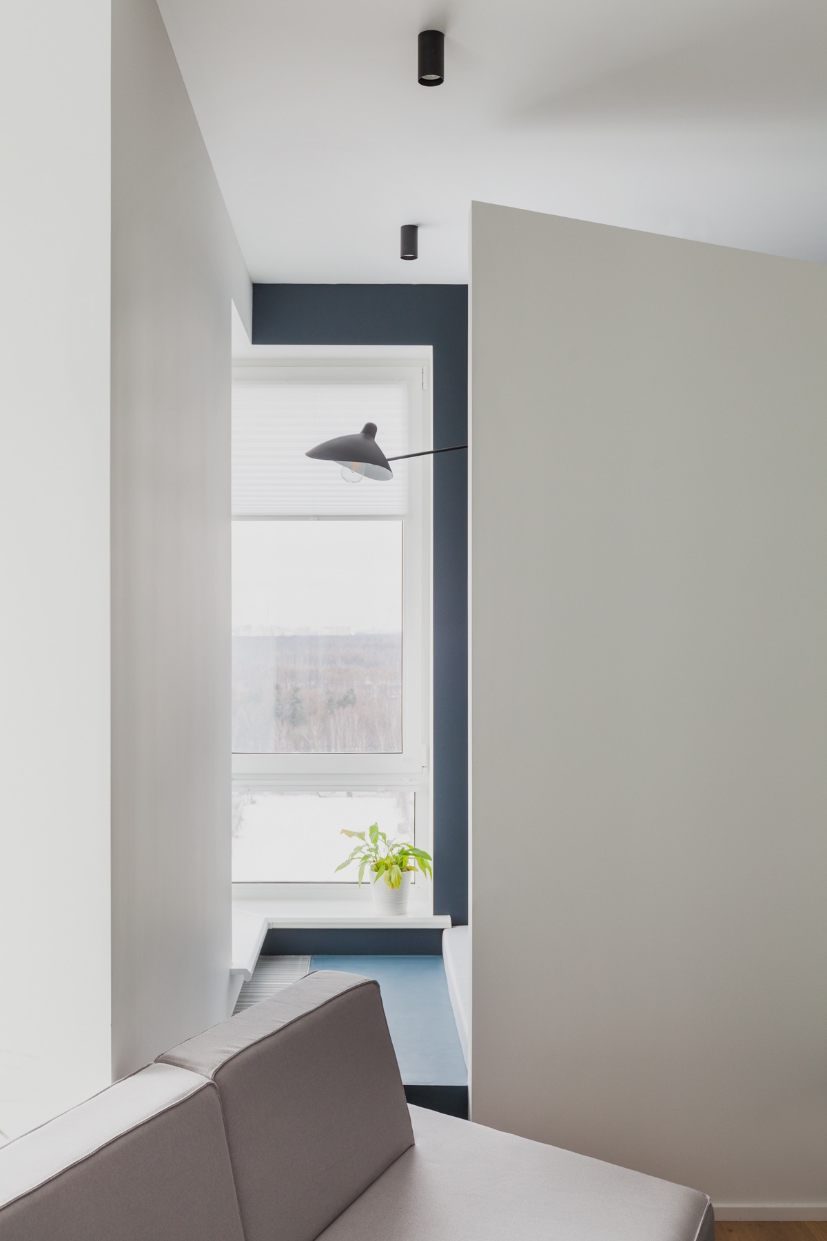 An Apartment With A Complex Geometry images 20