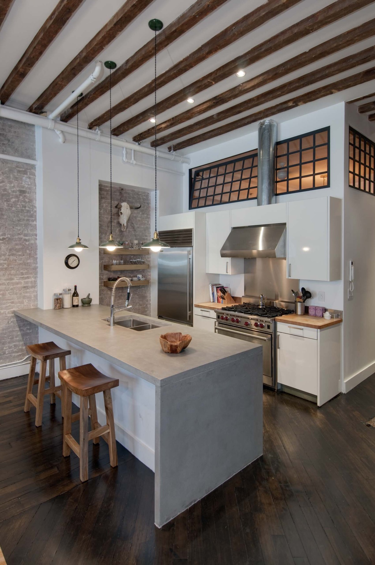 50 Gorgeous Galley Kitchens And Tips You Can Use From Them images 23