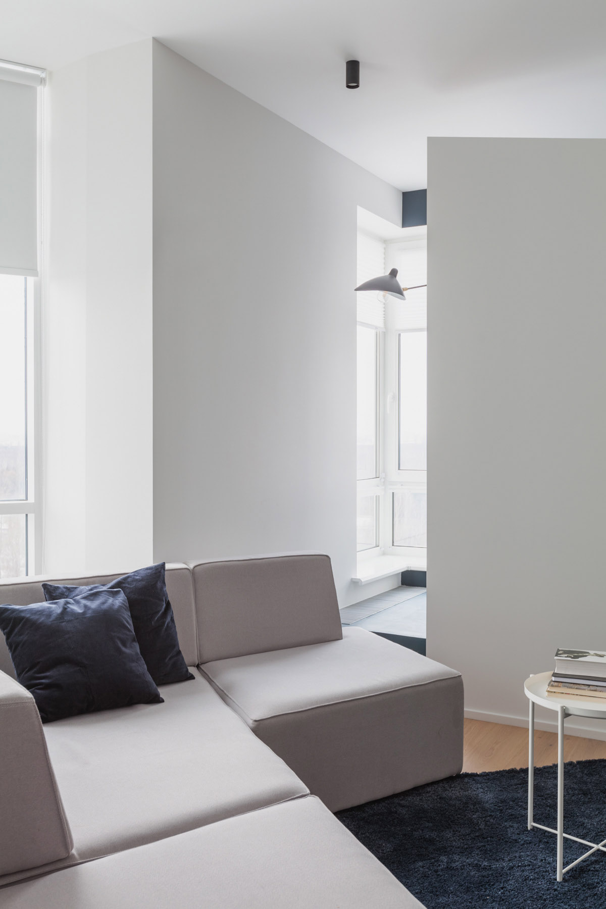 An Apartment With A Complex Geometry images 6