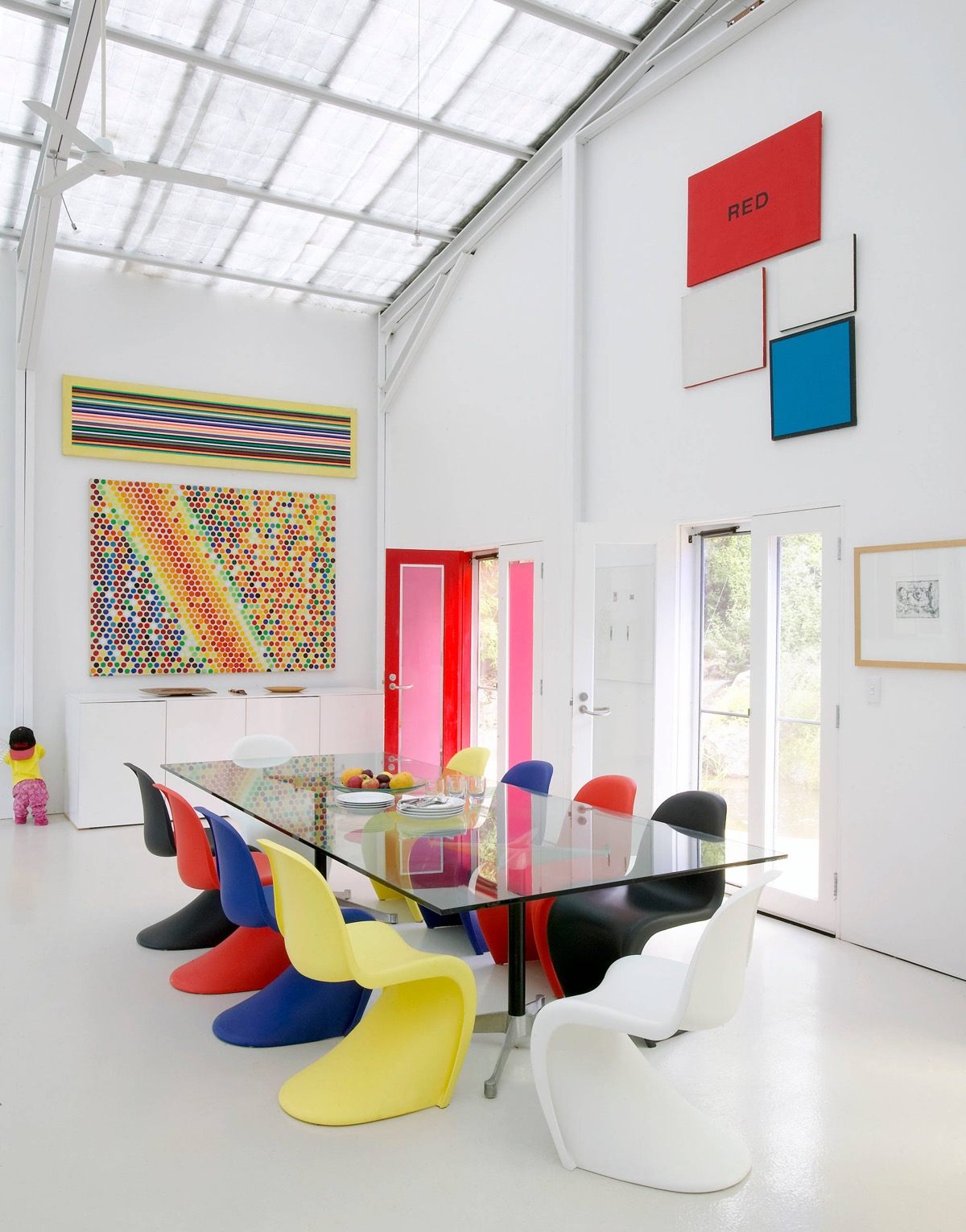 Piet Mondrian Inspired Interior Design To Give Your Home The De Stijl Flair images 32