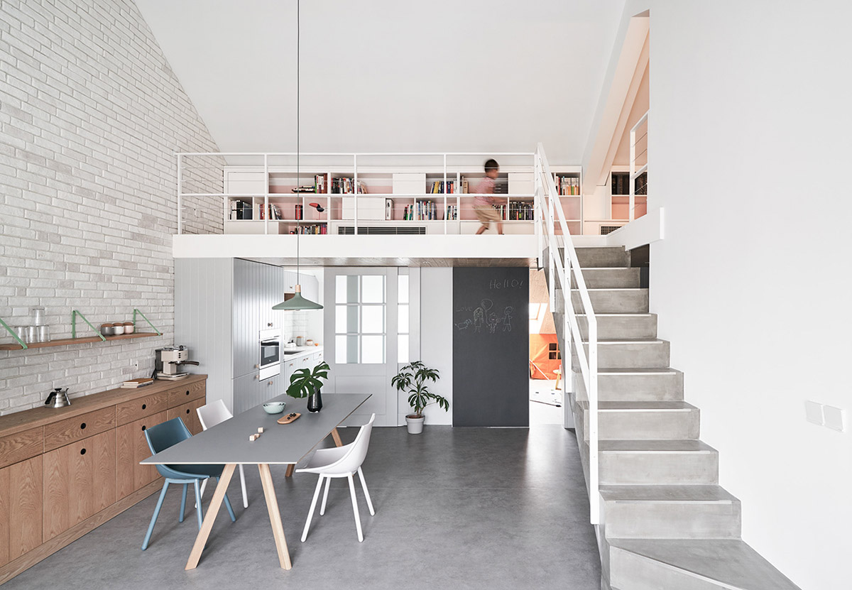 A Bright And Modern Family Home In Beijing images 14