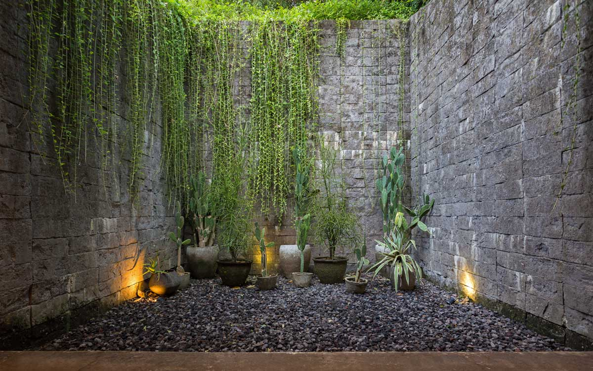 51 Captivating Courtyard Designs That Make Us Go Wow images 34