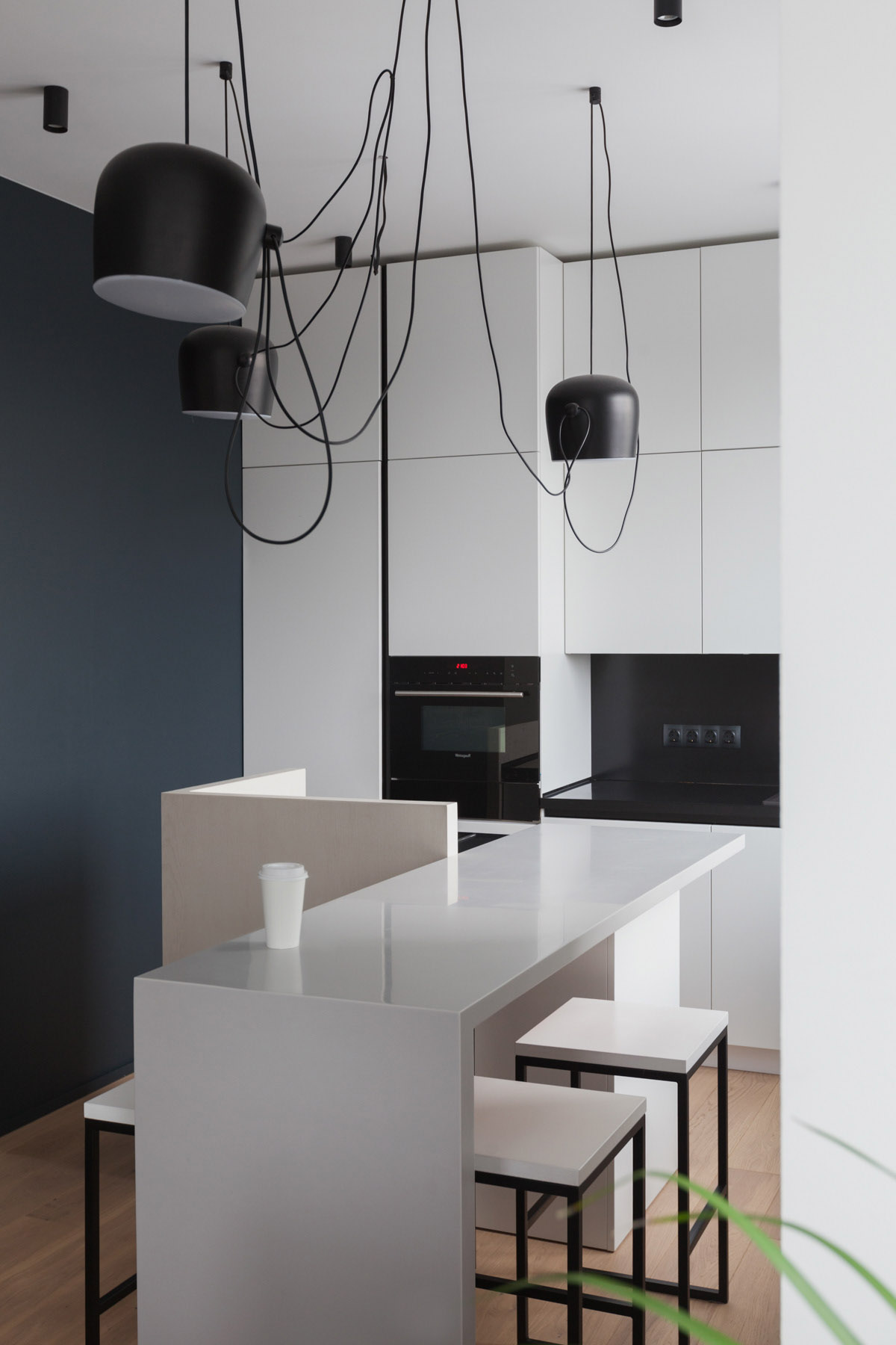 An Apartment With A Complex Geometry images 8