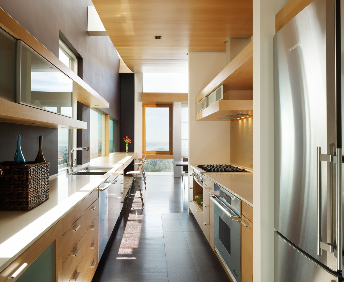 50 Gorgeous Galley Kitchens And Tips You Can Use From Them images 33