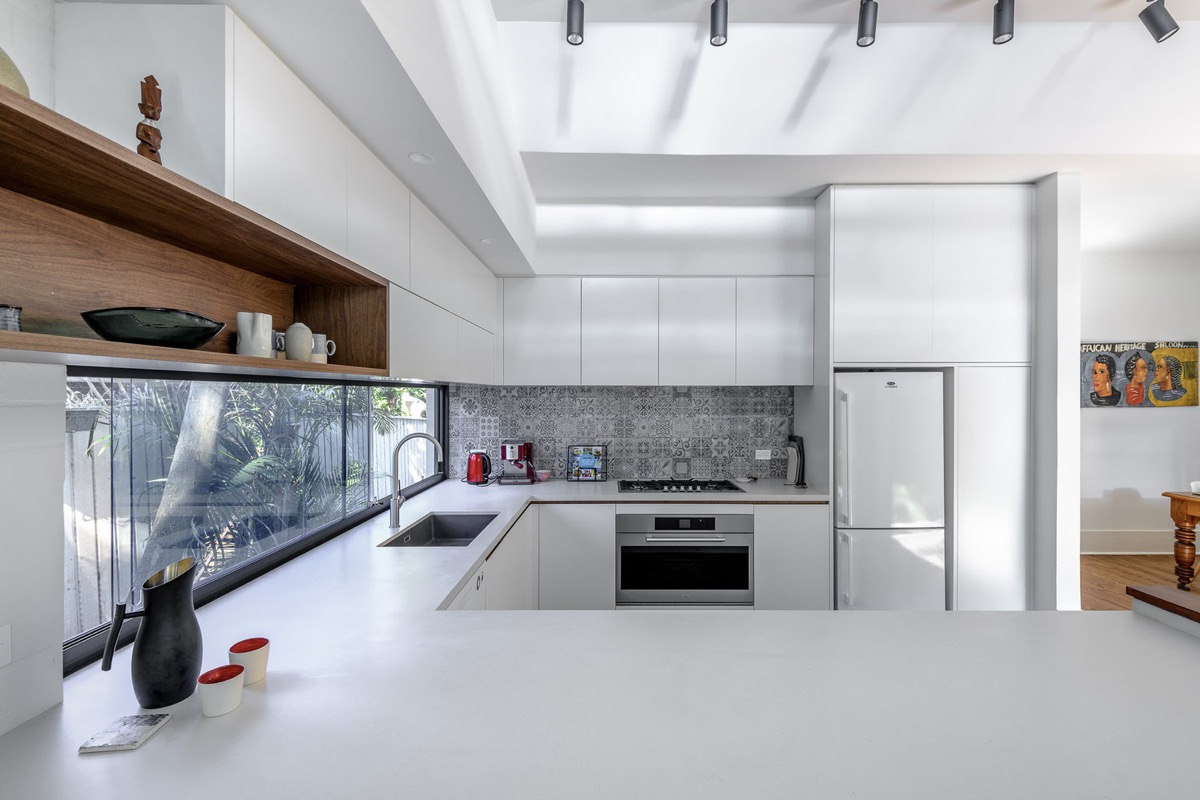 50 Unique U-Shaped Kitchens And Tips You Can Use From Them images 7