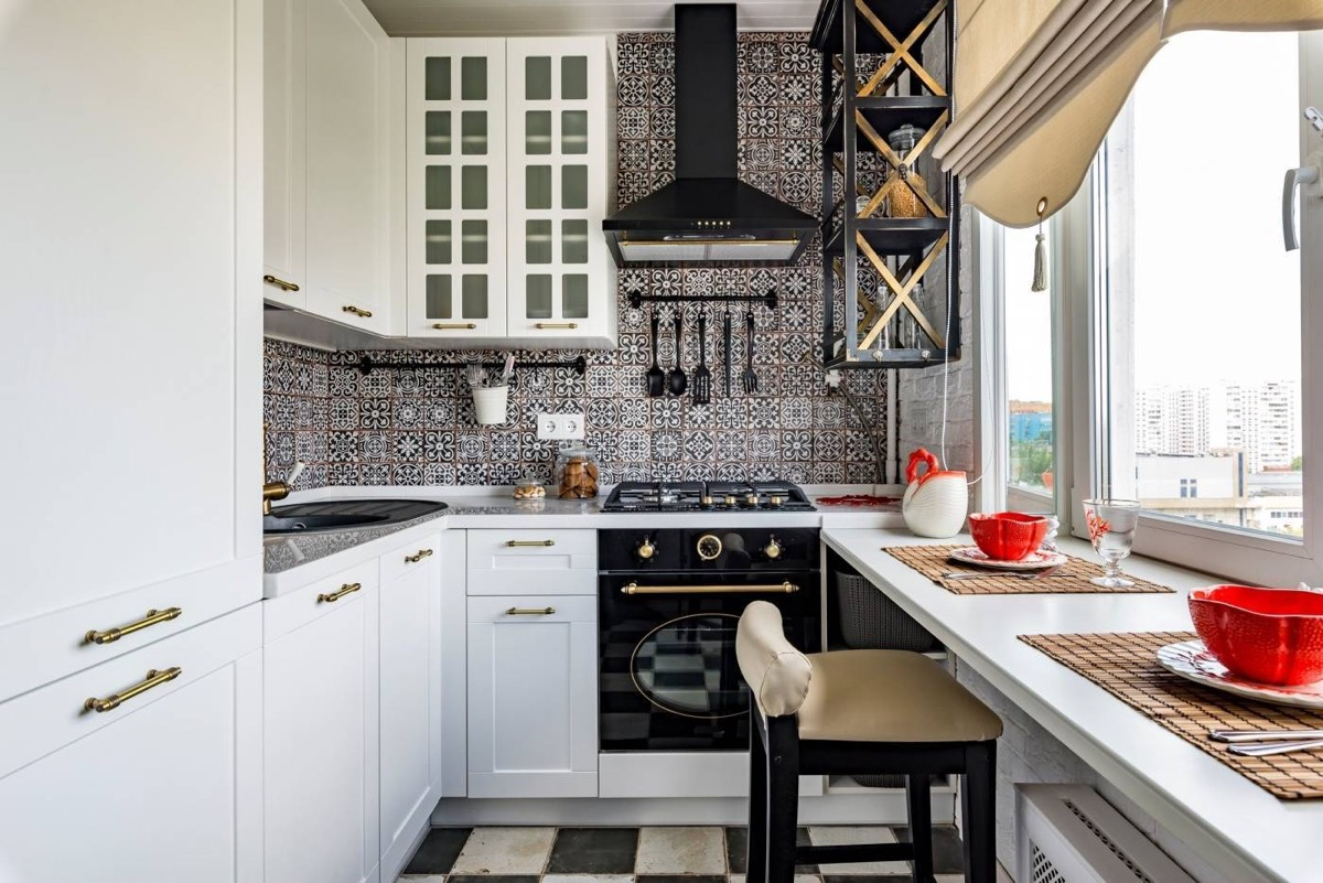 50 Unique U-Shaped Kitchens And Tips You Can Use From Them images 43