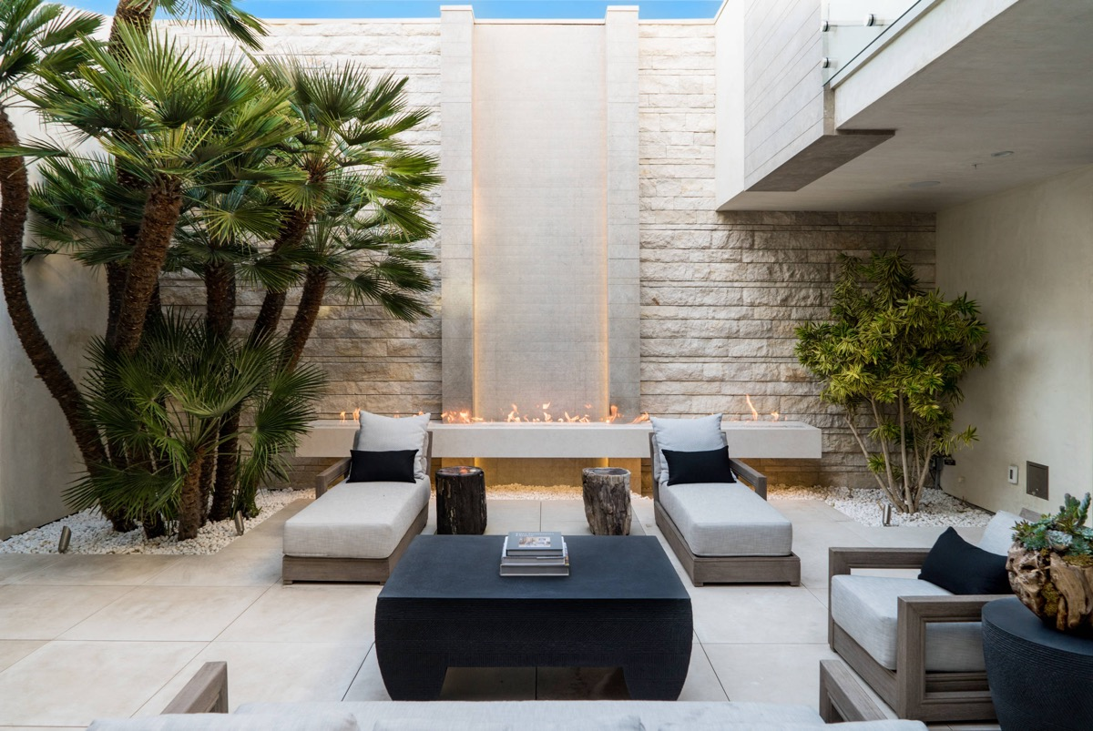 51 Captivating Courtyard Designs That Make Us Go Wow images 10