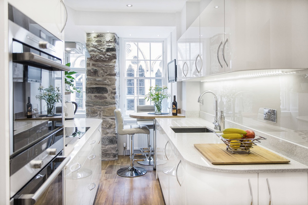 50 Gorgeous Galley Kitchens And Tips You Can Use From Them images 12